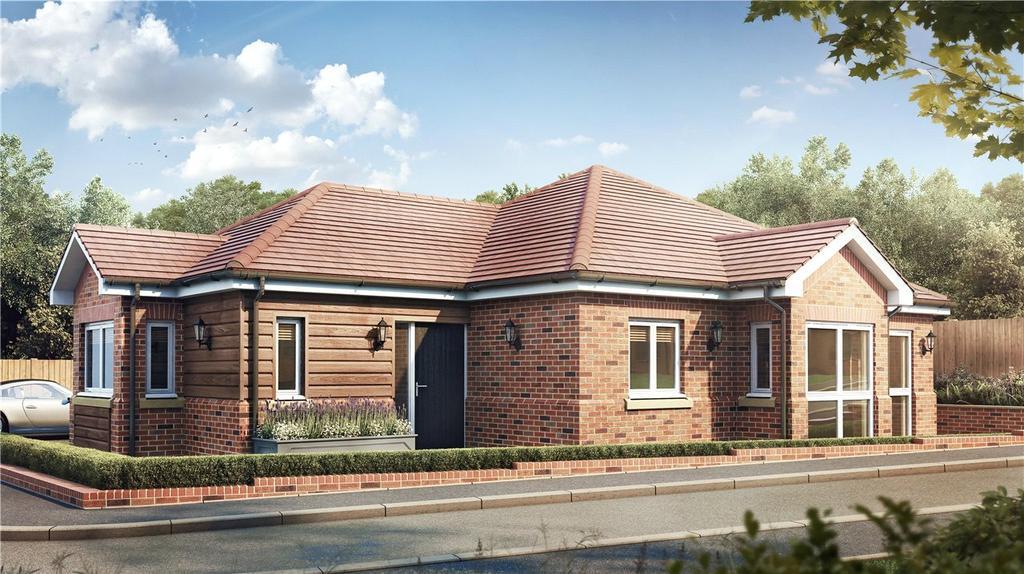 2 Bedrooms Detached Bungalow for sale in Moreton End Close, Harpenden, Hertfordshire