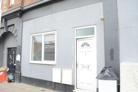 2 bedroom flat to rent - Fratton Road, Portsmouth