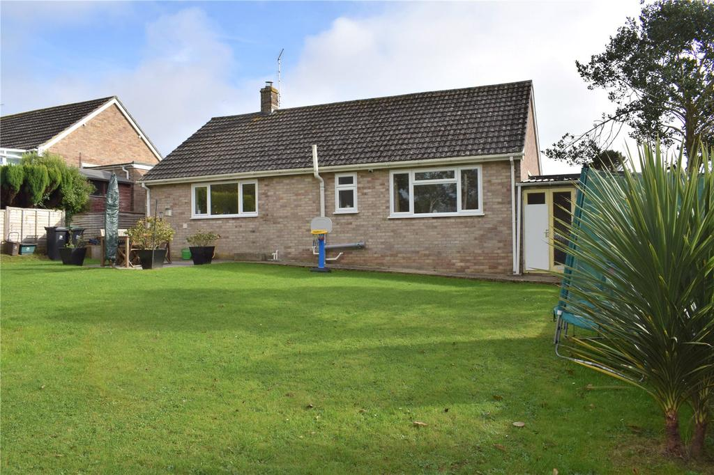 2 Bedrooms Detached Bungalow for sale in Manor Fields, Bridport, Dorset