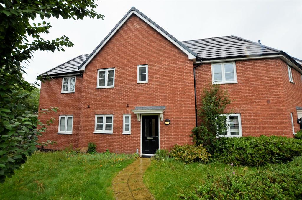 2 Bedrooms Terraced House for sale in Jubilee Walk, Calcot, Reading