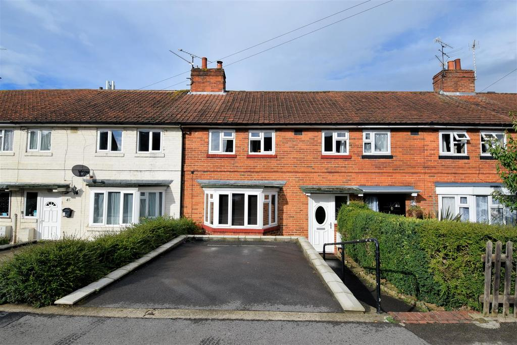 3 Bedrooms Terraced House for sale in Norcot Road, Tilehurst, Reading