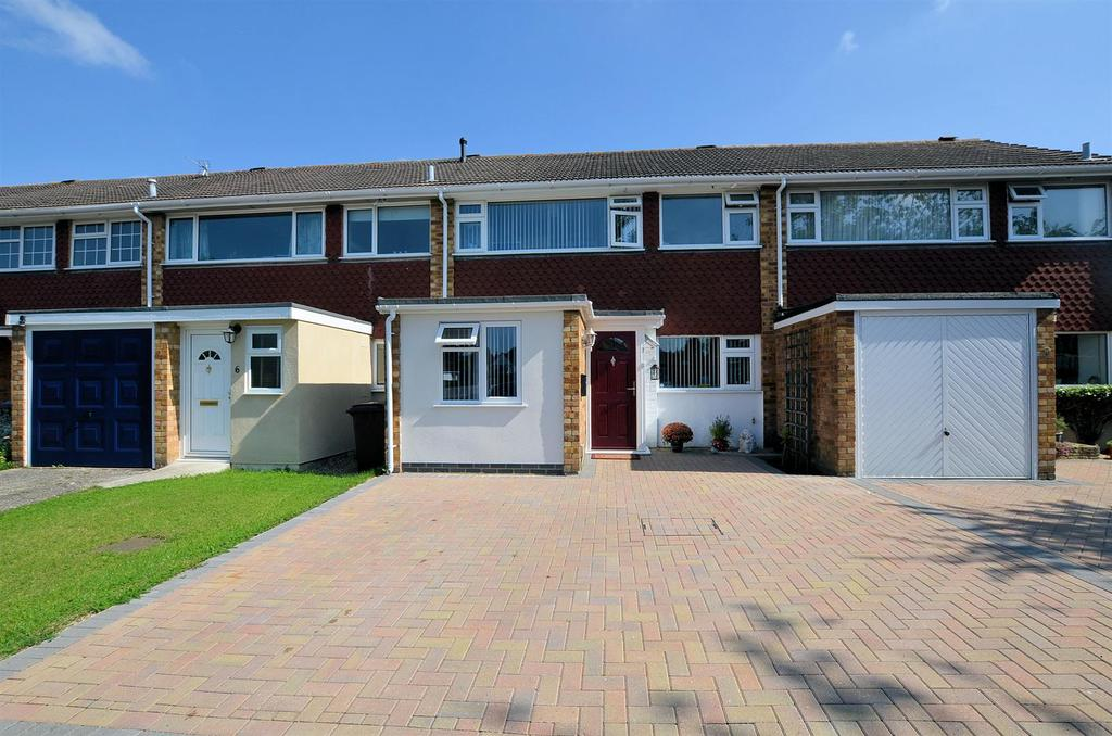 3 Bedrooms Terraced House for sale in Hursley Close, Tilehurst, Reading