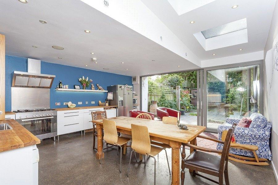 6 Bedrooms House for sale in Beversbrook Road, Archway, London, N19
