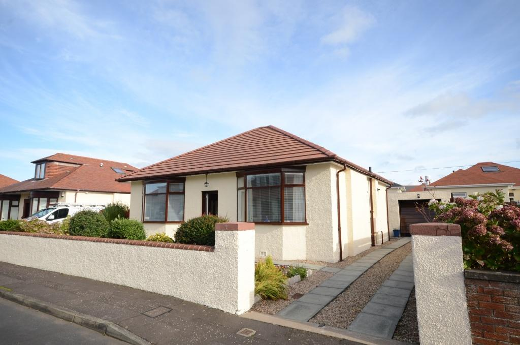 3 Bedrooms Detached Bungalow for sale in 7 Bentfield Drive, Prestwick, KA9 1TT