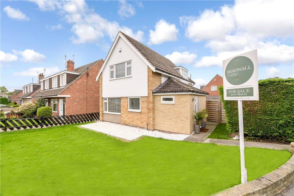 3 Bedrooms Detached House for sale in Lacey Grove, Wetherby, West Yorkshire