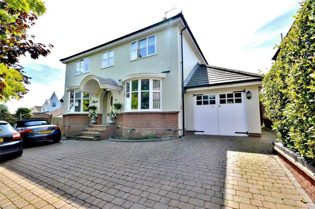 4 Bedrooms Detached House for sale in 28 Peaslands Road, Saffron Walden