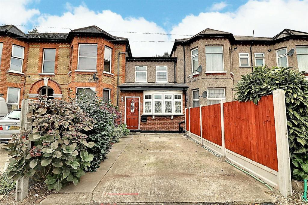 2 Bedrooms Terraced House for sale in Mansfield Road, Ilford, Essex