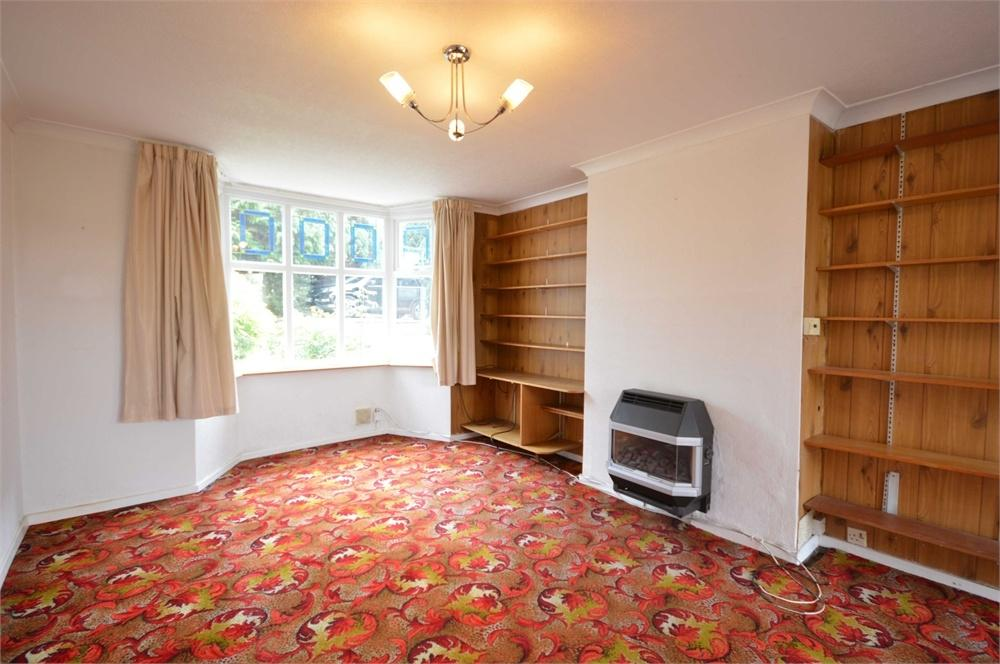 3 Bedrooms Semi Detached House for sale in Broomhill Road, West Dartford