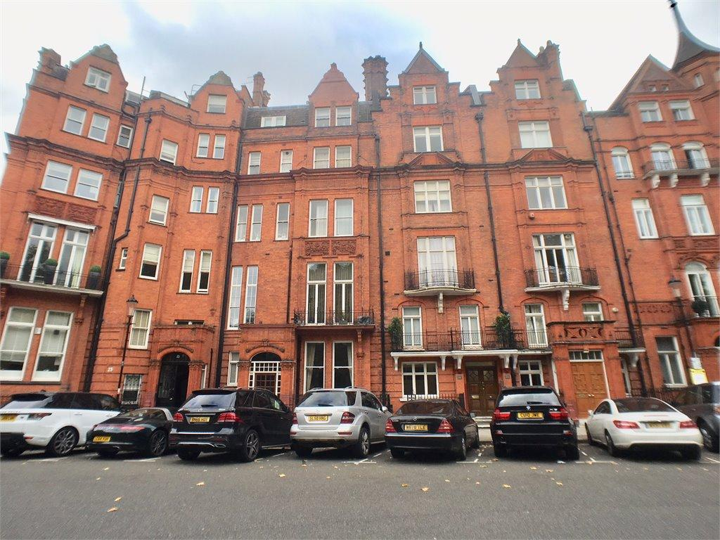 2 Bedrooms Apartment Flat for sale in Hans Place, Knightsbridge, London, SW1X