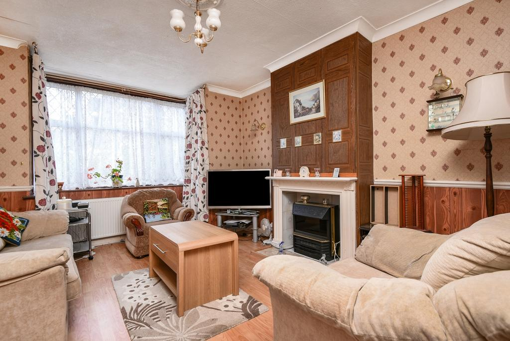 3 Bedrooms Terraced House for sale in Cleanthus Road Shooters Hill SE18