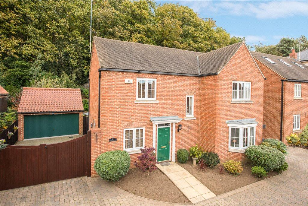 4 Bedrooms Detached House for sale in Trilley Fields, Maulden, Bedford, Bedfordshire