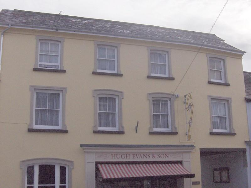 4 Bedrooms Flat for rent in , Rhosmaen Street, Llandeilo, Carmarthenshire.