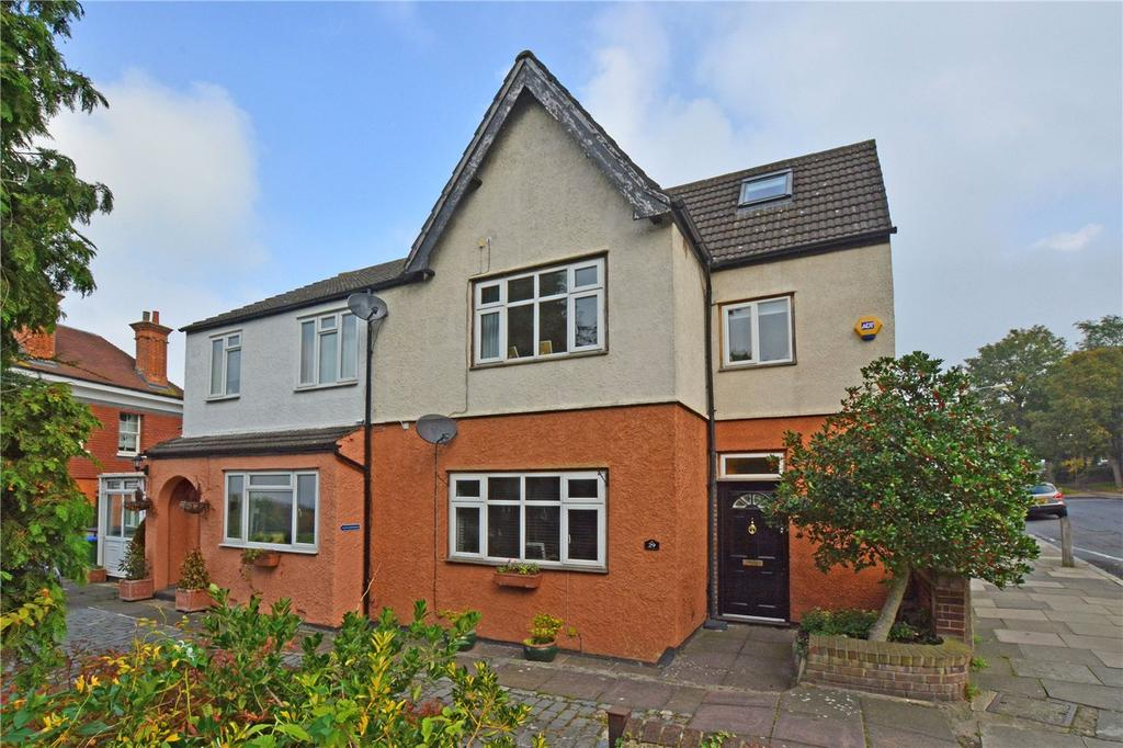3 Bedrooms Semi Detached House for sale in Shooters Hill, Shooters Hill, London, SE18