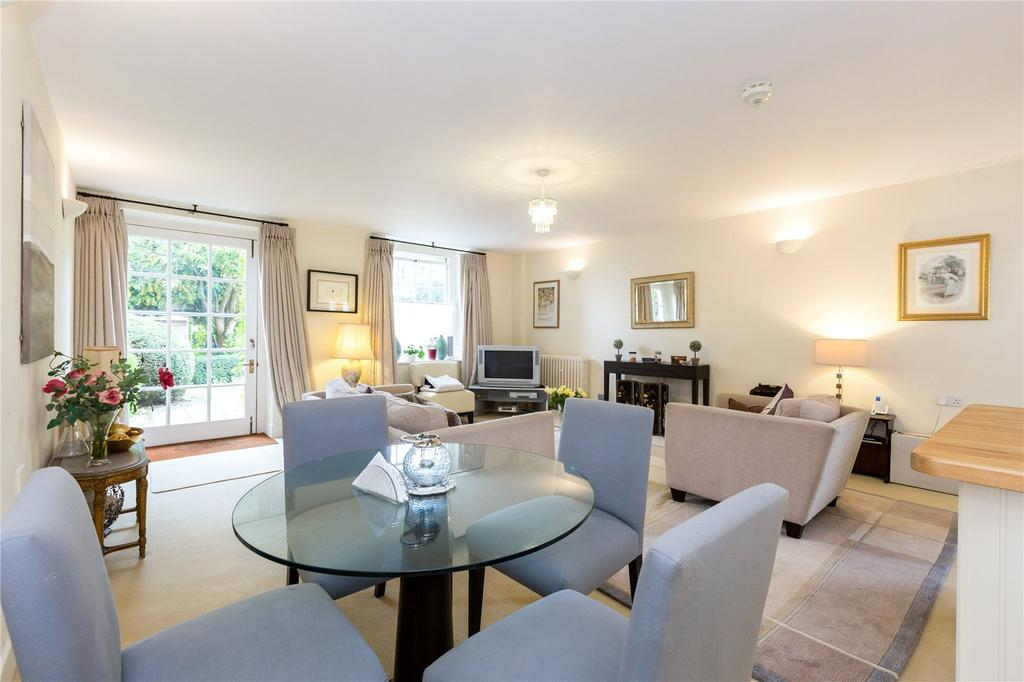 2 Bedrooms Unique Property for sale in Swallowfield Park, Swallowfield, Reading, Berkshire, RG7