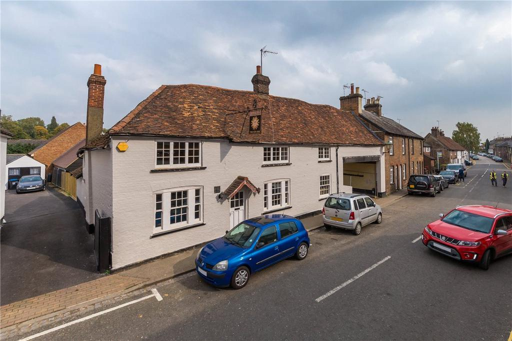 4 Bedrooms End Of Terrace House for sale in High Street, Markyate, St. Albans, Hertfordshire