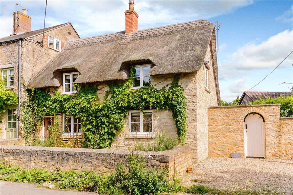 3 Bedrooms End Of Terrace House for sale in Bushey Row, Bampton, Oxfordshire, OX18