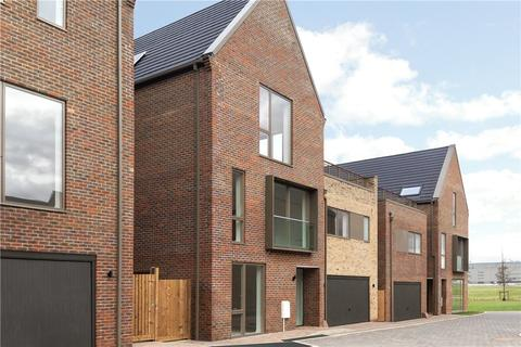 5 bedroom detached house for sale - Hobson Avenue, Great Kneighton, Cambridge, CB2