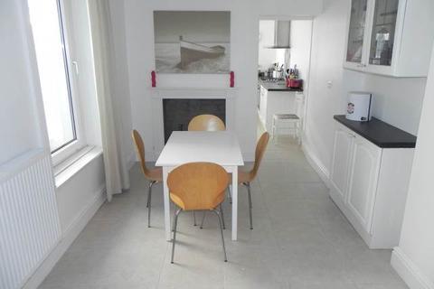 3 bedroom house to rent - Windsor Street, Uplands, Swansea