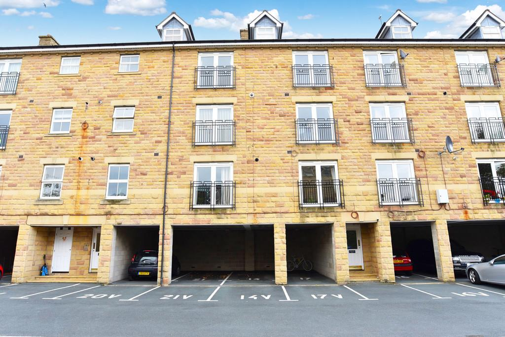 2 Bedrooms Apartment Flat for sale in North Park Road, Harrogate