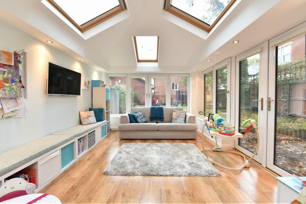 4 Bedrooms Detached House for sale in Grammar School Gardens , Ormskirk