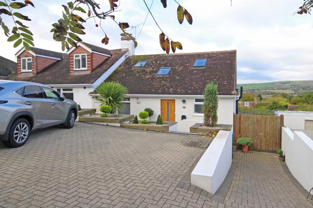 3 Bedrooms Semi Detached Bungalow for sale in Upper Beeding