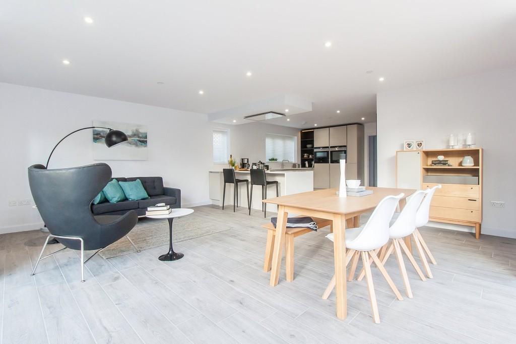 5 Bedrooms Detached House for sale in Bishops Road, Trumpington