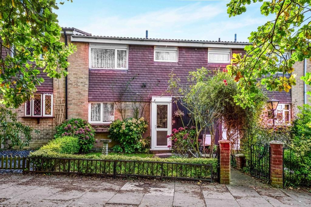 3 Bedrooms Terraced House for sale in Berstead Walk, Bewbush
