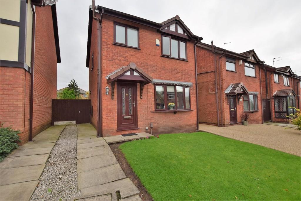 3 Bedrooms Detached House for sale in Brentwood Close, Eccleston