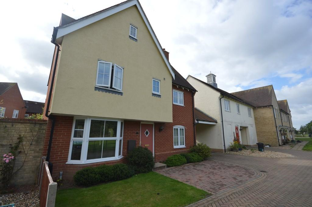3 Bedrooms Detached House for sale in Berechurch Road, Colchester