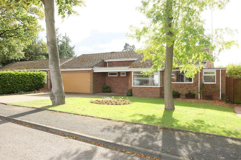 3 Bedrooms Detached Bungalow for sale in Church Walk, Stourport-On-Severn DY13 0AL