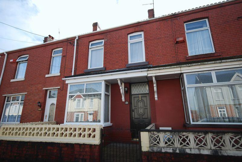 3 Bedrooms House for sale in 332 Old Road, Neath SA11 2EY