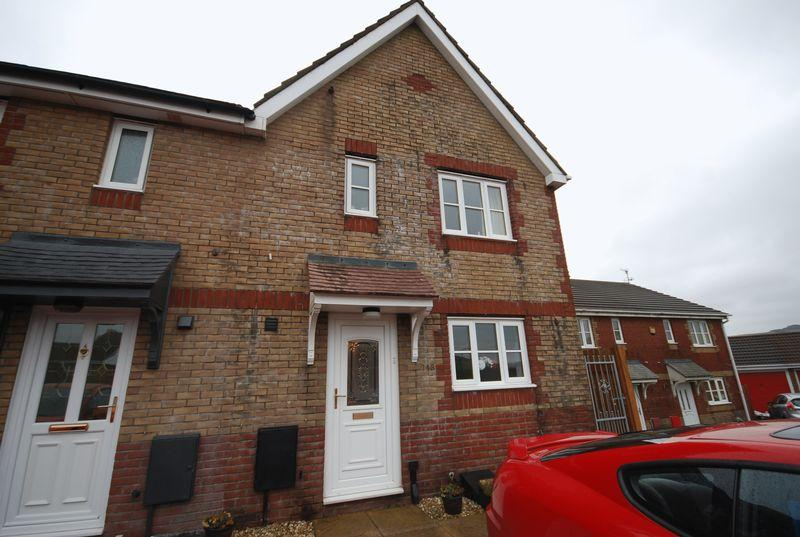 3 Bedrooms Semi Detached House for sale in Ridgewood Gardens, Neath
