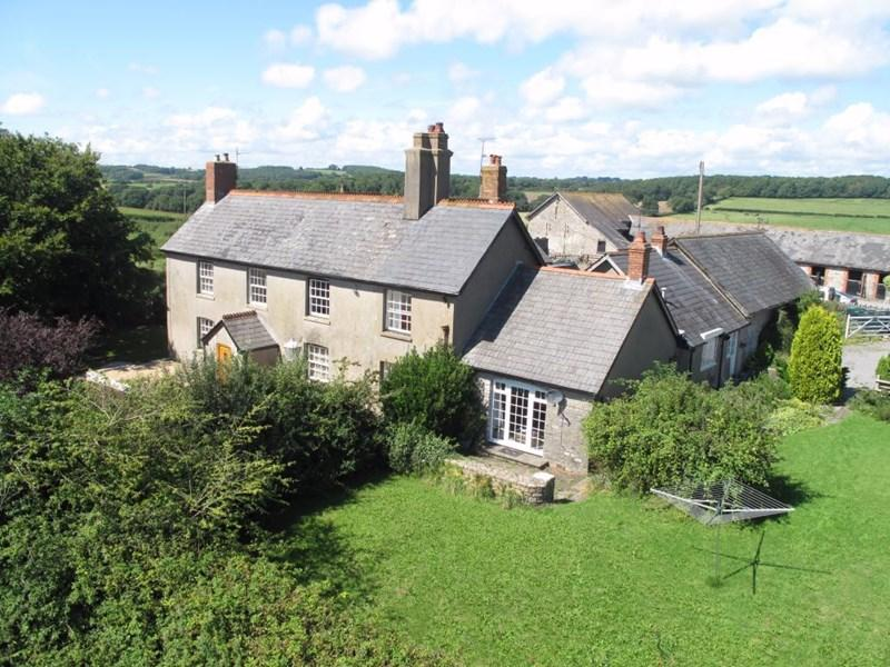 4 Bedrooms Detached House for rent in New Wallace Farmhouse, Wenvoe, Vale of Glamorgan, CF5 6BE