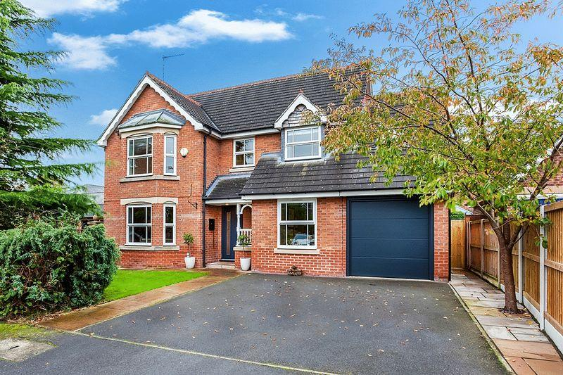 4 Bedrooms Detached House for sale in Westholme Close, Congleton