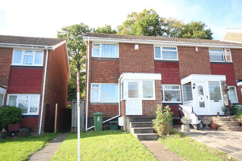 2 Bedrooms Terraced House for sale in Whenman Avenue, Bexley