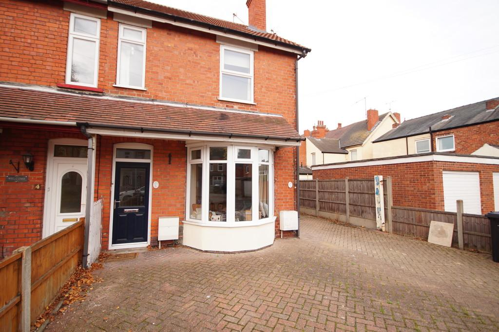 1 Bedroom Apartment Flat for sale in Bristol Drive, Lincoln