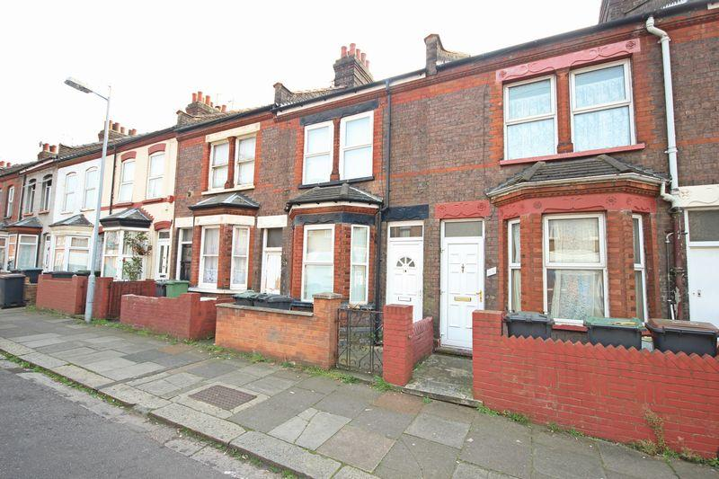 2 Bedrooms Terraced House for sale in Althorp Road, Luton
