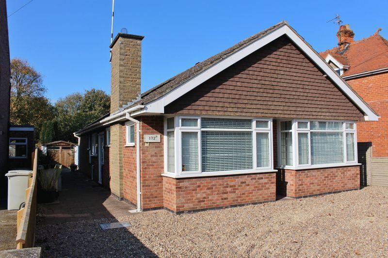 3 Bedrooms Bungalow for sale in Drummond Road, Skegness