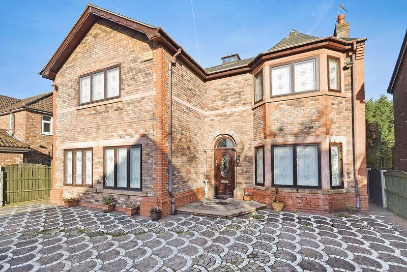 4 Bedrooms Detached House for sale in Stratton Park, Widnes