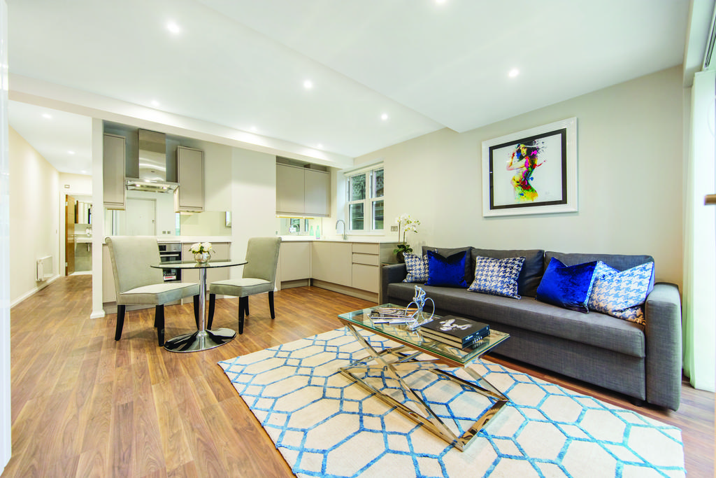 2 Bedrooms Flat for sale in Fulham Palace Road, Hammersmith, London