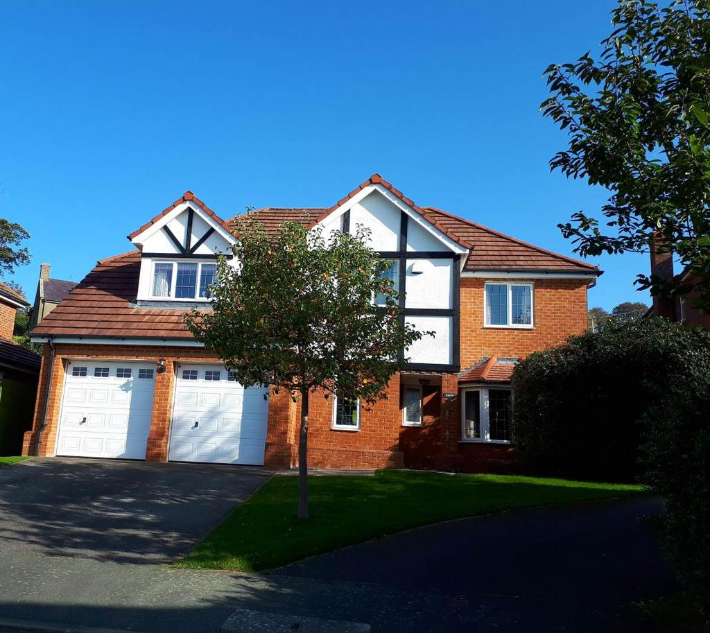4 Bedrooms Detached House for sale in 24 Gwynant, Hen Golwyn, LL29 9NJ