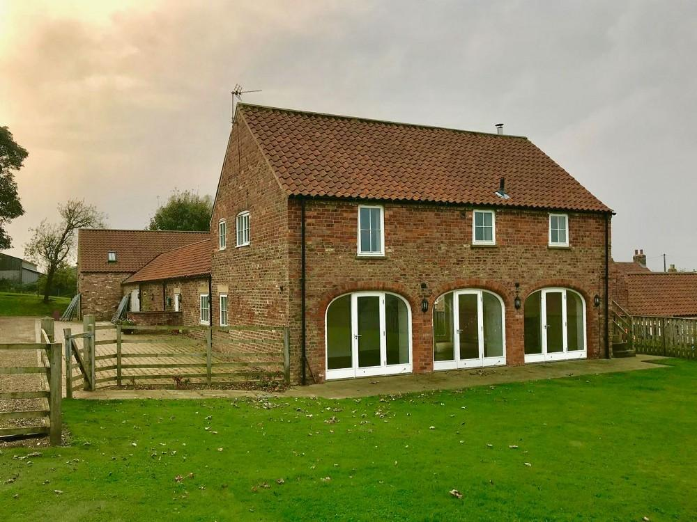 3 Bedrooms Detached House for rent in Spring Brow, Scagglethorpe, YO17 8DU