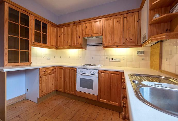 3 Bedrooms Flat for sale in 54 Meigle Street, Galashiels, TD1 1LL