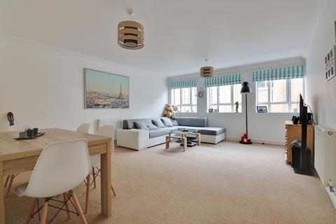 2 bedroom flat for sale - Osborne Road, Southsea