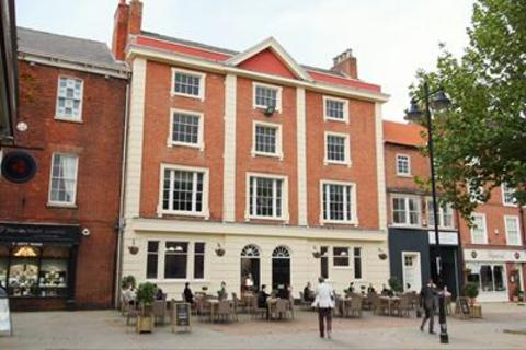 Shop to rent - Restaurant/Bar Opportunity, The Square, Retford, Nottinghamshire, DN22 6DQ