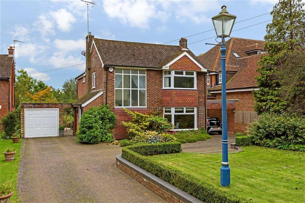 4 Bedrooms Detached House for sale in Mill Lane, Gosmore, Hertfordshire