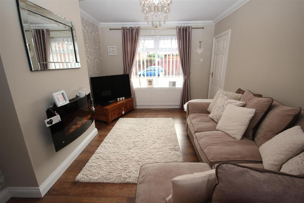 2 Bedrooms Terraced House for sale in Danby Grove, Seaton Carew, Hartlepool