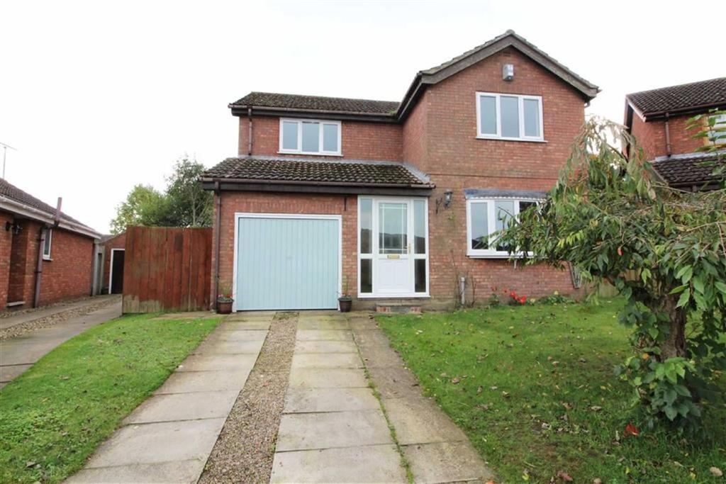 4 Bedrooms Detached House for sale in Sanderson Close, Driffield, East Yorkshire