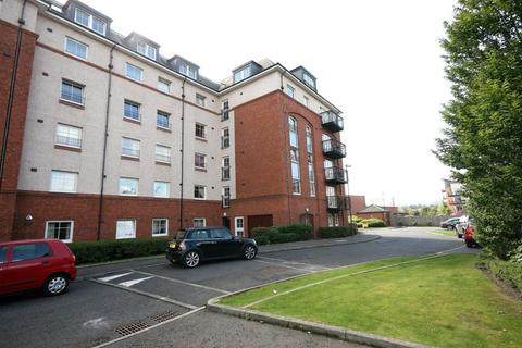 3 bedroom flat to rent - Appin Street