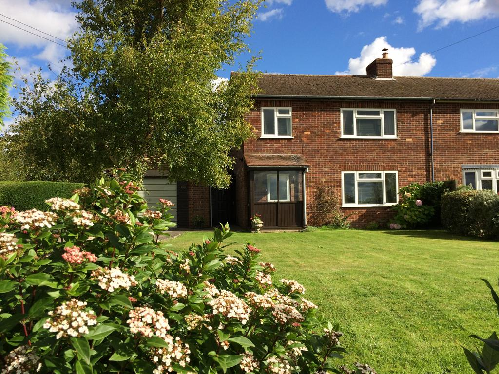 3 Bedrooms Semi Detached House for sale in Shimpling Road, Lawshall, Bury St Edmunds IP29